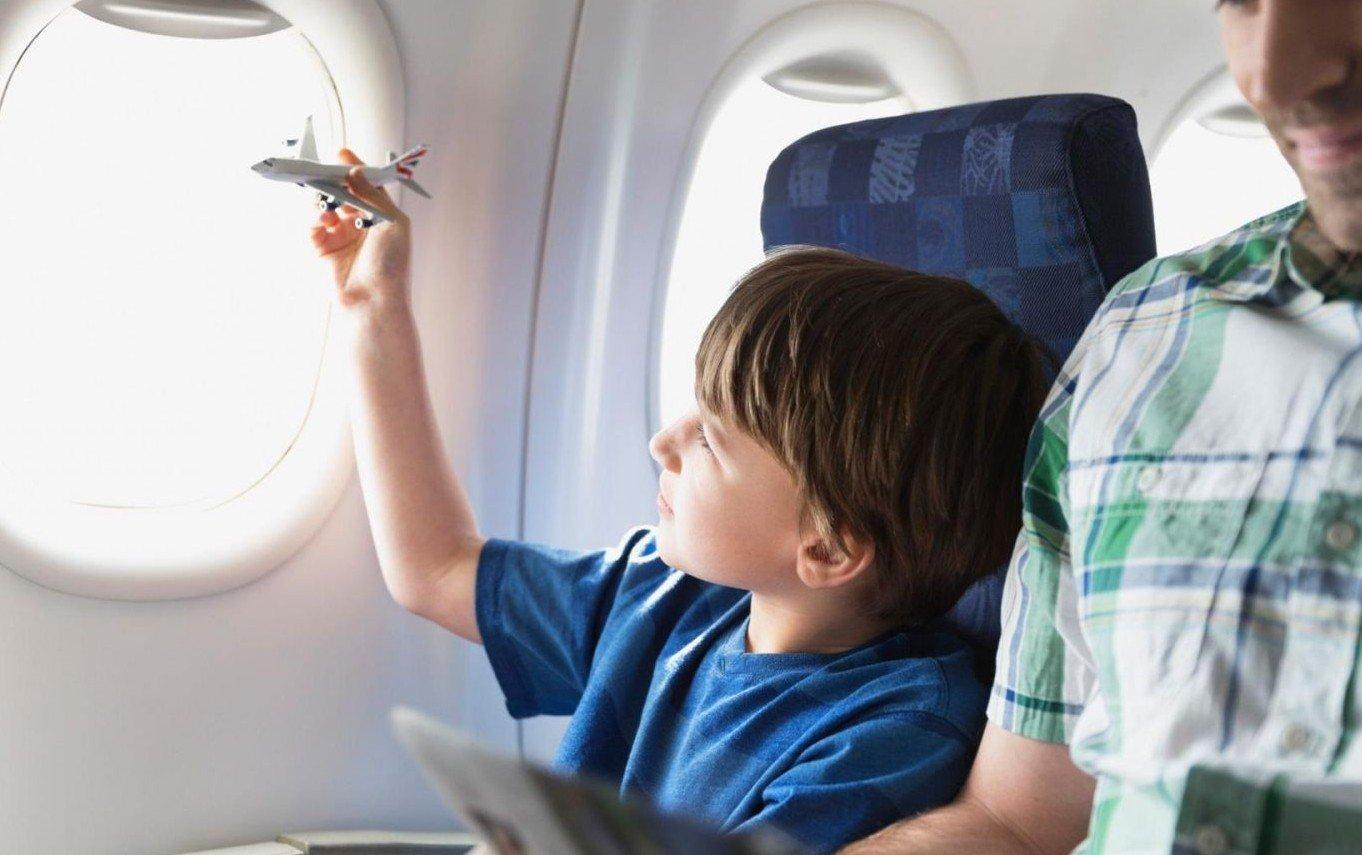 Лететь в самолете с ребенком