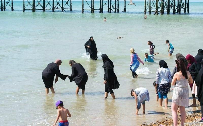 Пляжная одежда для мусульманок