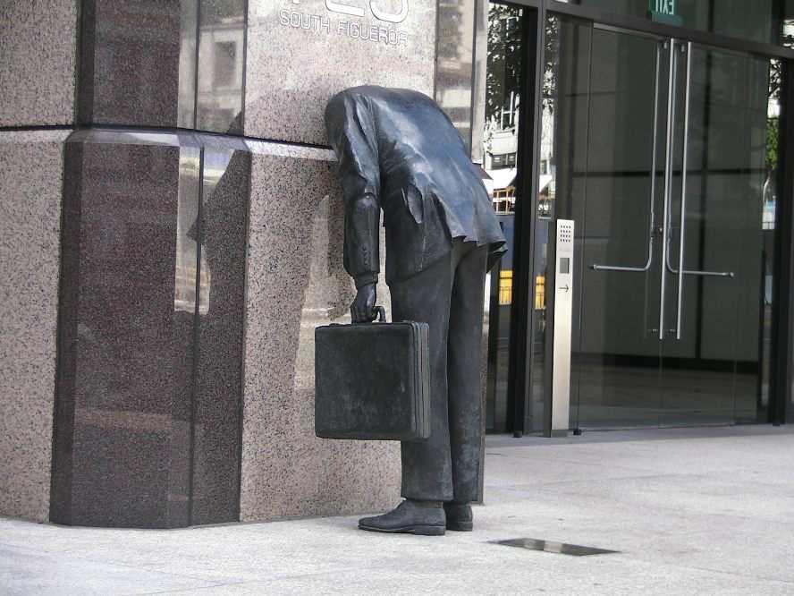 Памятник трудоголику в Лос-Анджелесе
