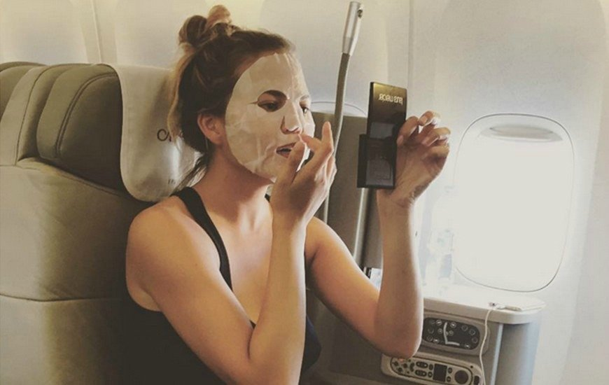 Увлажнение лица в самолете