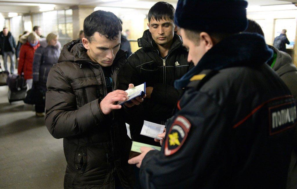 Из-за мигрантов в России повышается уровень преступности