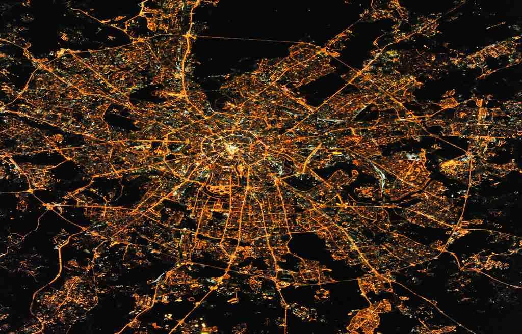 Ночная Москва с космоса