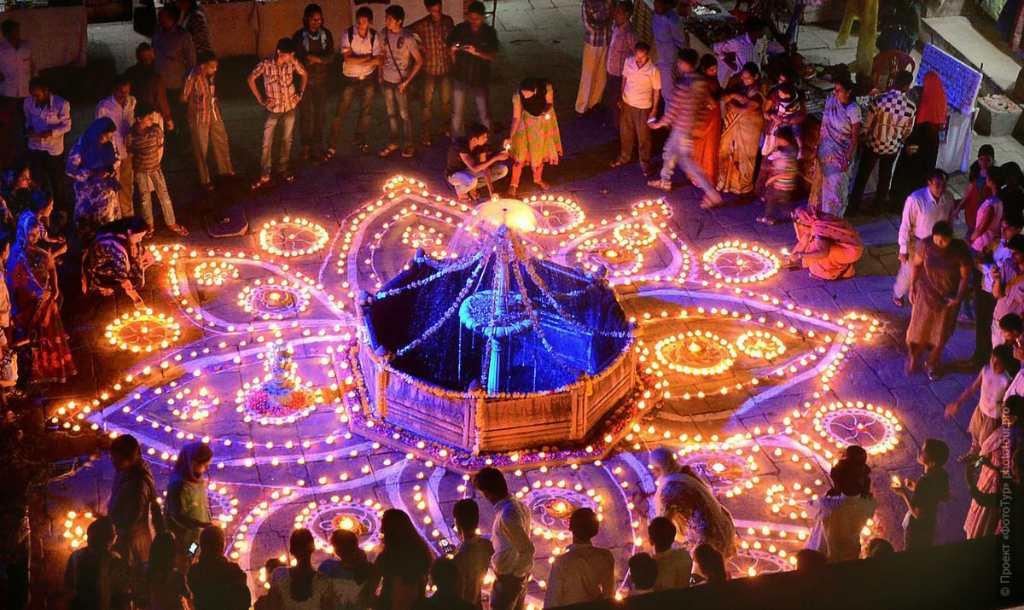 День света в Индии