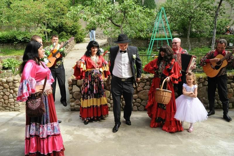 Цыгане засылают сватов