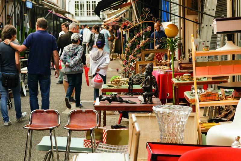 Парижский блошиный рынок