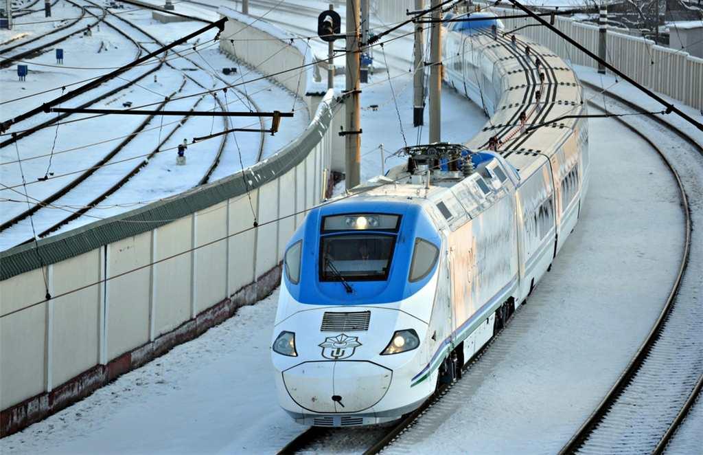 Технические возможности узбекского поездп