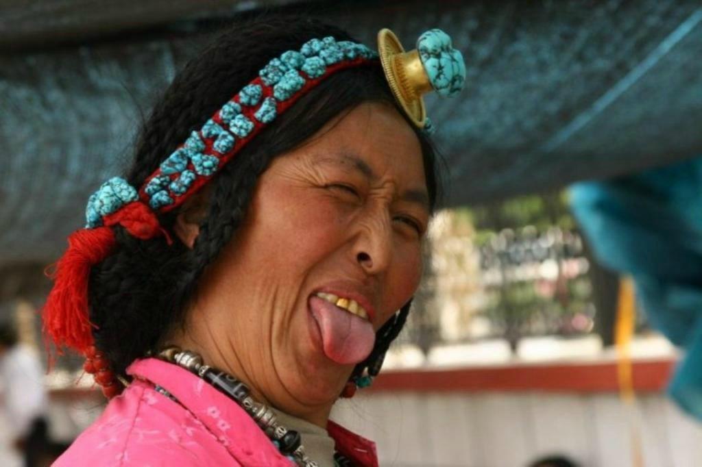 Приветствие в Тибете