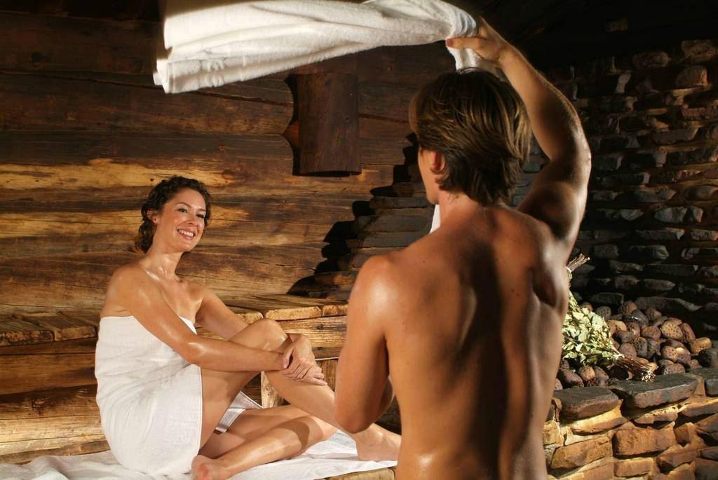 Мужчины и женщины в немецкой бане