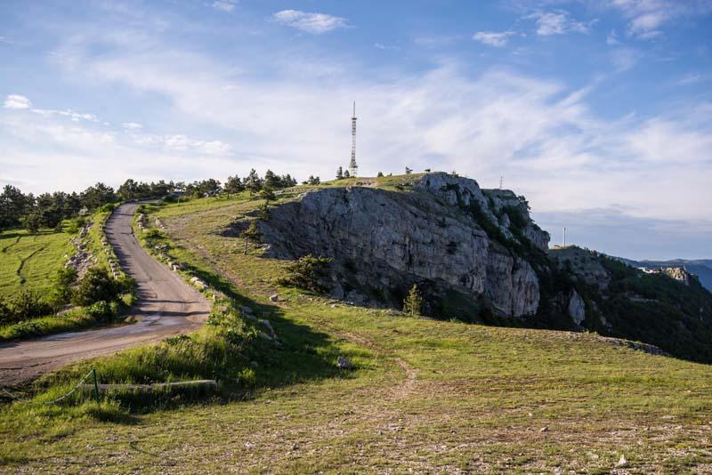 серпантинная дорога на Ай-Петри в Крыму