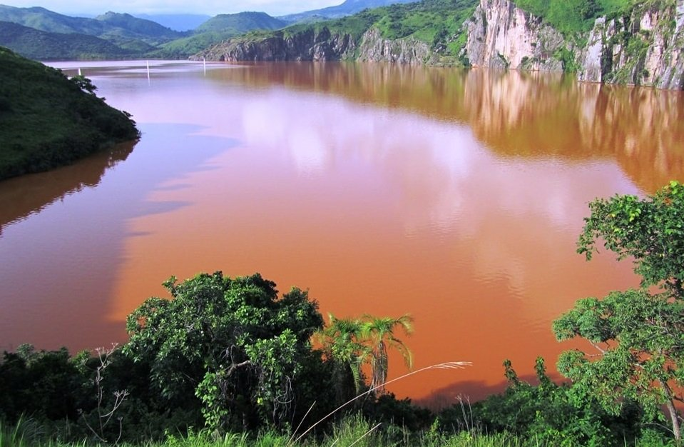 Озеро-убийца в Камеруне