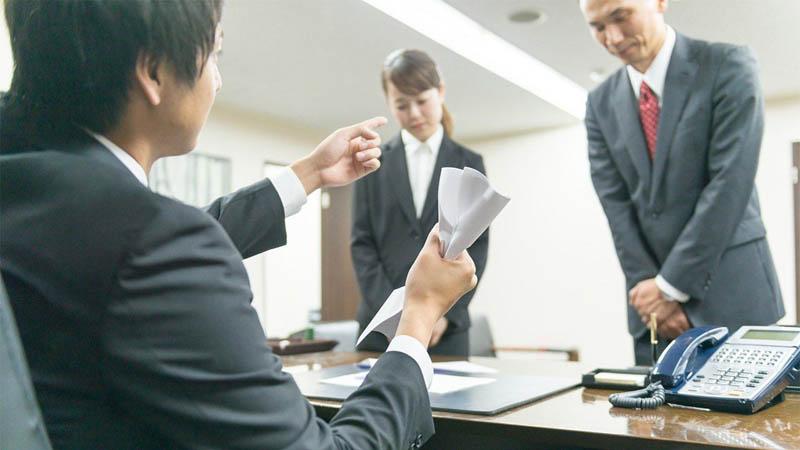 Почему в Японии такое отношение к работникам