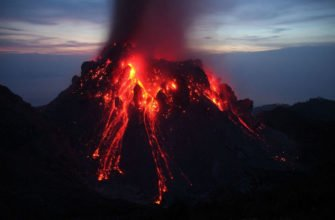 Первоапрельская шутка: как мужчина разыграл извержение вулкана