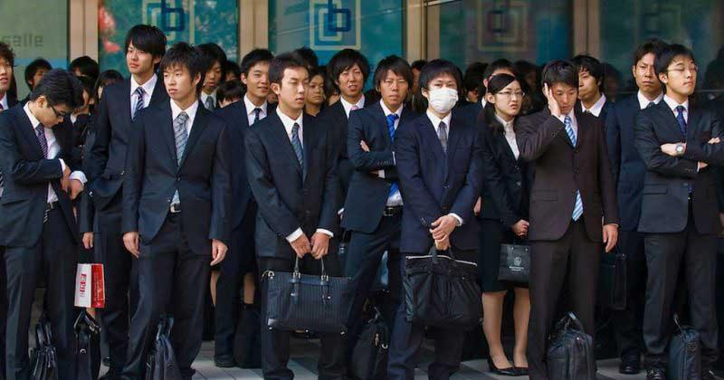 Причины сохранения девственности японцев