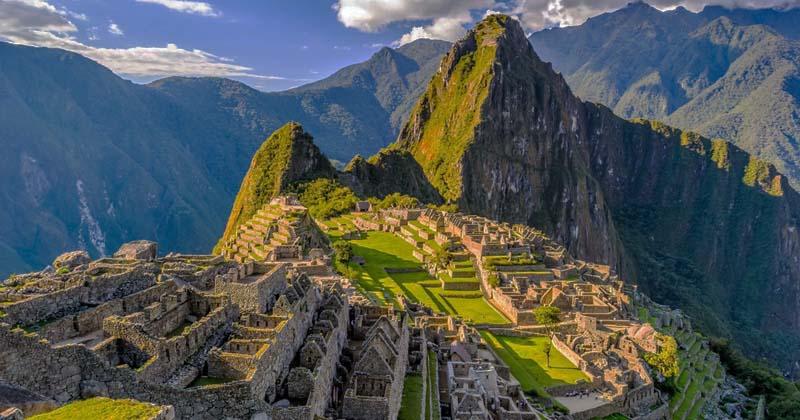 Древний город инков Мачу-Пикчу