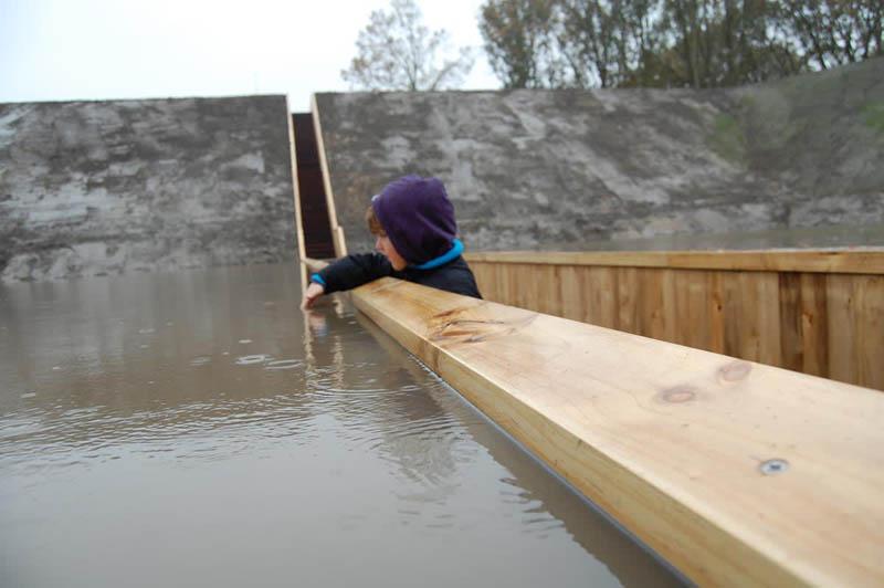 Поэтому сооружение и стали называть Моисеевым мостом