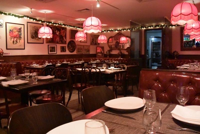Ходят ли иностранцы за границей в русские рестораны