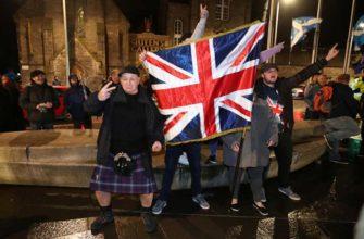 Зачем в Великобритании создают черные списки туристов