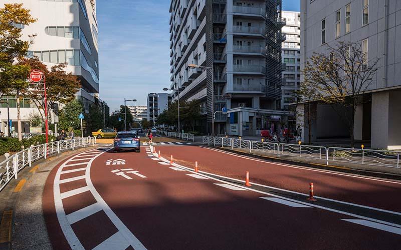 Особенности движения на японских трассах В Японии