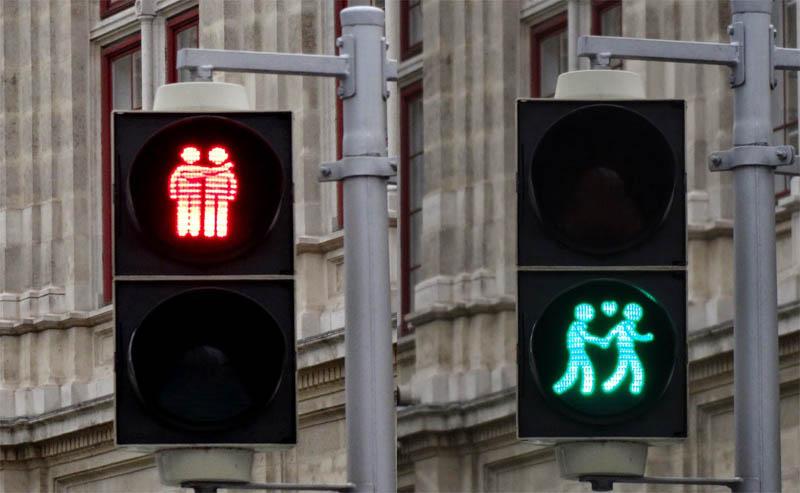 Светофоры для лиц с нетрадиционной сексуальной ориентацией в Лондоне
