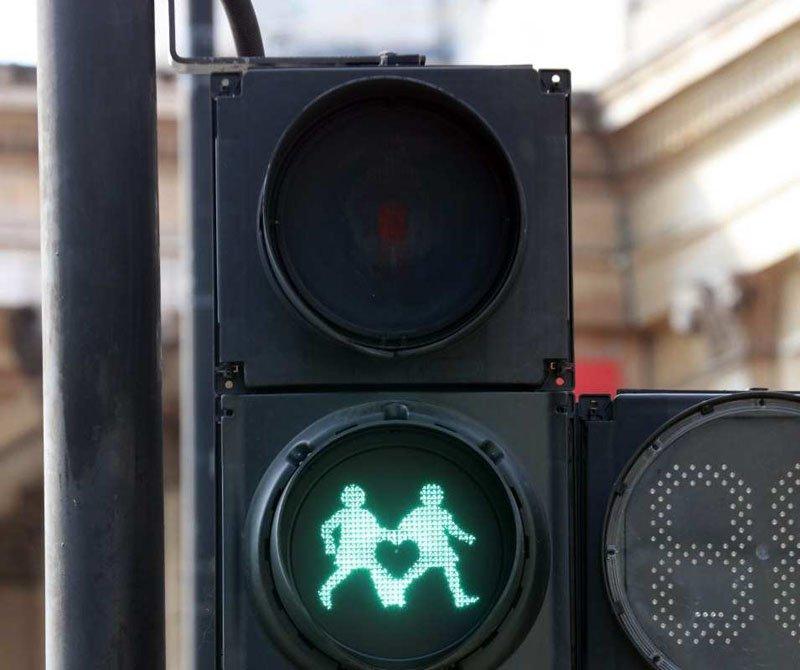 Другие версии установки толерантных светофоров