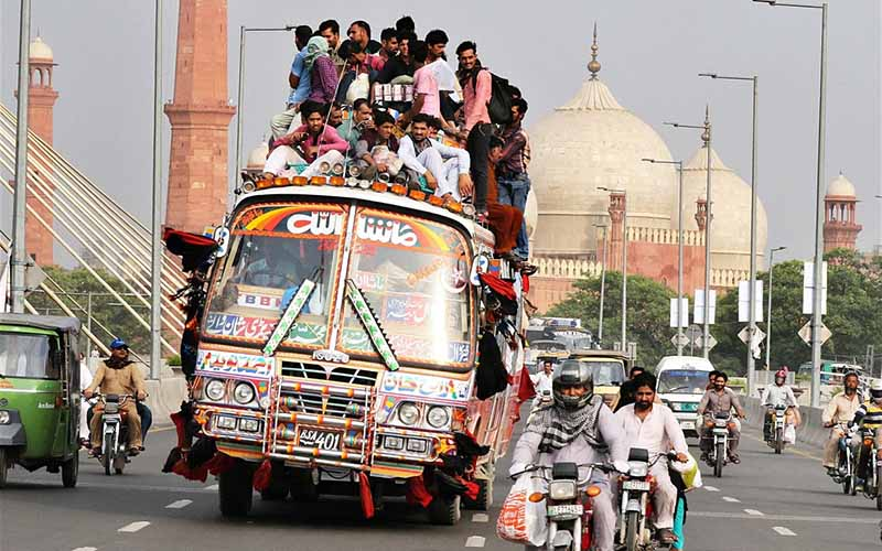 Как в Индии сработала идея о попеременном движении по дорогам машин с четными и нечетными номерами