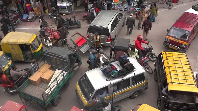 индийцы, лишенные колес, стали покупать в семьи по второй