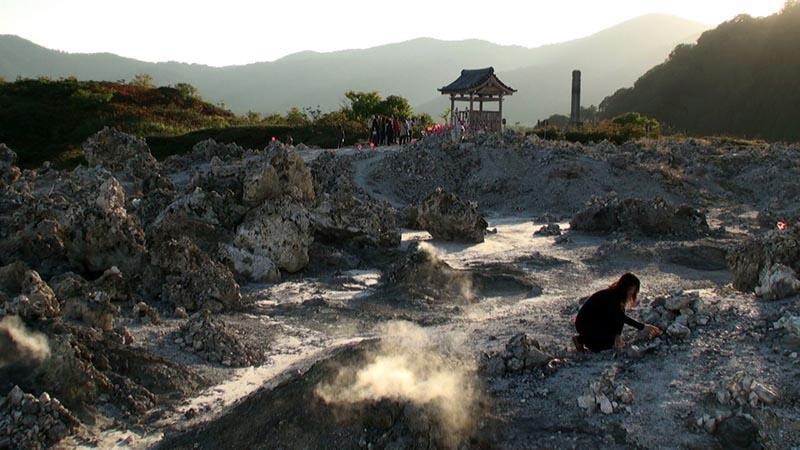Чем примечательна гора Осорезан в Японии