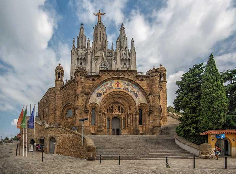 Чем примечателен Храм Святого Сердца Иисуса