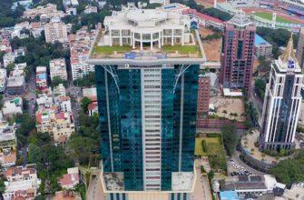 Зачем индийский миллиардер построил дом на крыше небоскреба