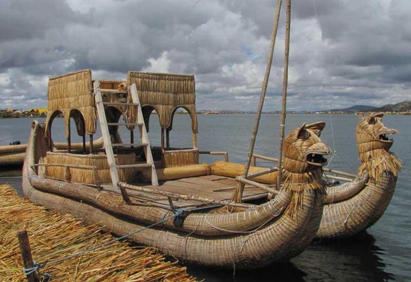 Лодка Тотора