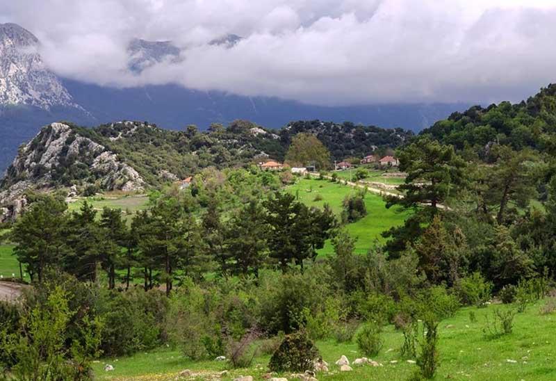 Недалеко от Анталии располагается плато «Фесликан»