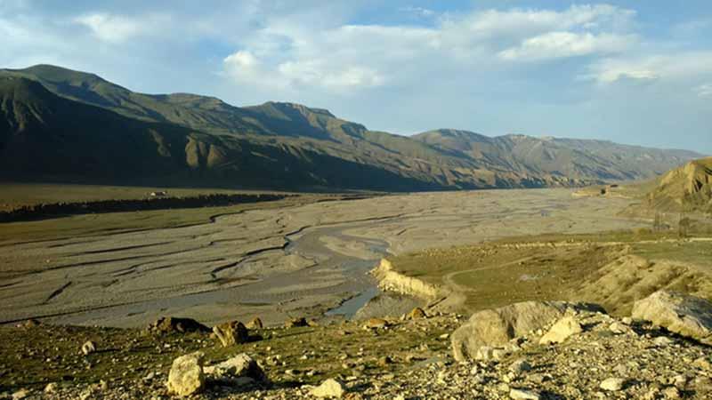 два дагестанских села, половина площади водосбора реки Самур.