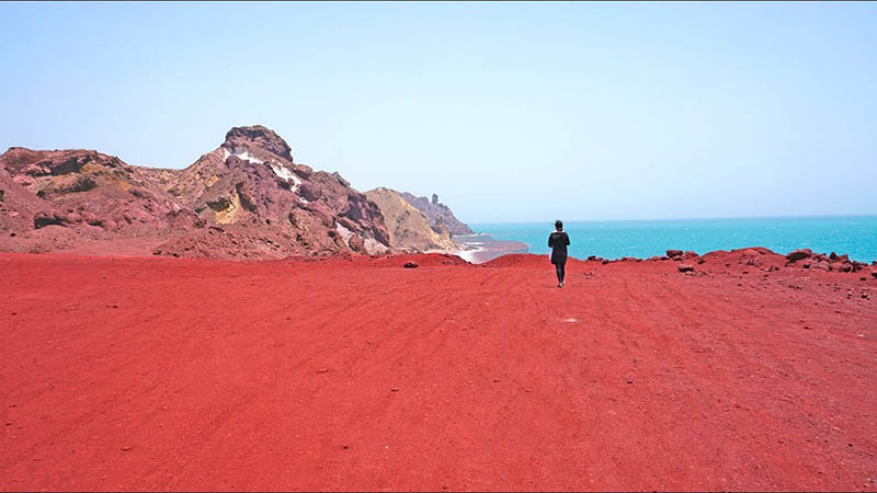 Красный пляж на острове Ормуз