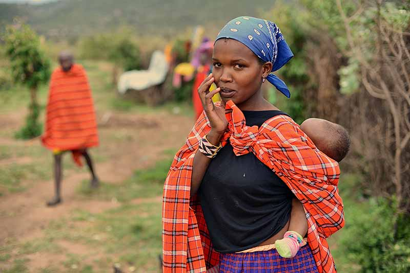 Слюна для племени масаи – достаточно ценный ресурс, поэтому они очень дорожат ею, придают ей особое значение.