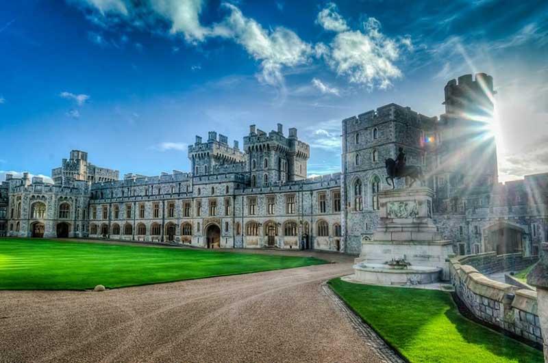 Где находится Виндзорский дворец Елизаветы II