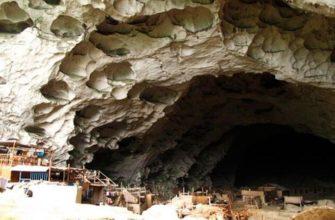 Пещерная деревня Чжундун в Китае