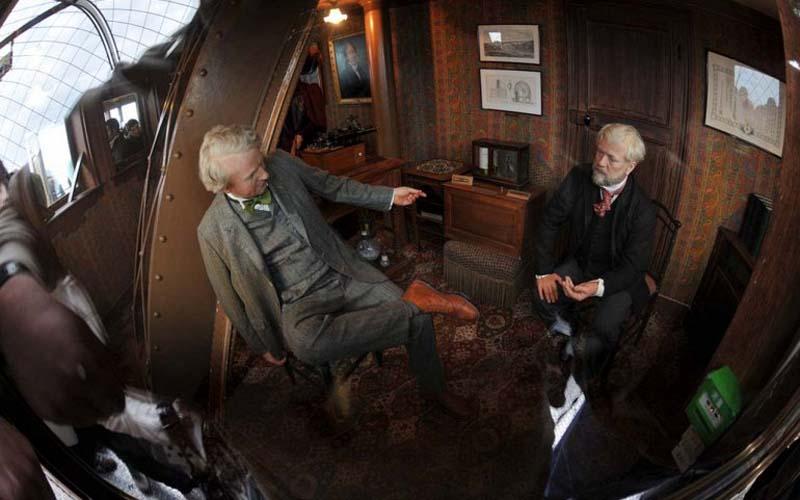В этом помещении Эйфель организовывал встречи с нужными гостями, когда бывал в Париже