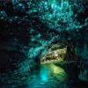 Настоящее звездное небо под землей в пещере Вайтомо
