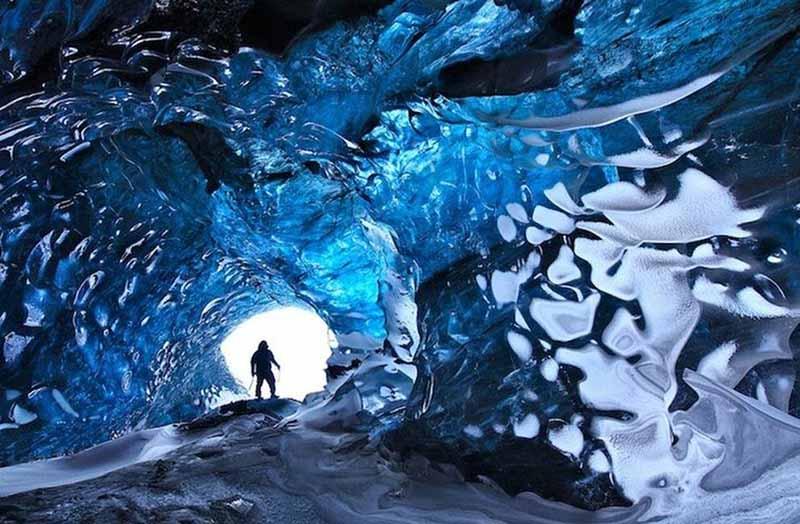 Изумительная ледяная пещера Скафтафетль в Исландии