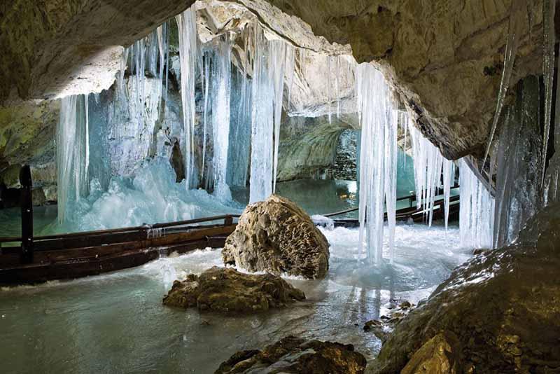 в Словакии — Деменовская пещера